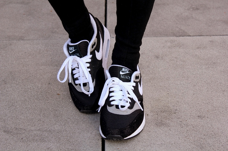 OOTD: NikeiD Air Max + Obey Beanie