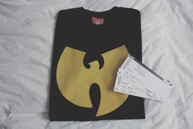 TONIGHT: Wu-Tang Logo Shirt + Redman/Method Man Concert