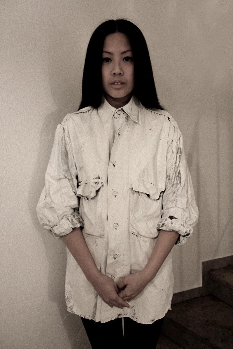OOTD: H&M Leggings + DIY Painted Shirt