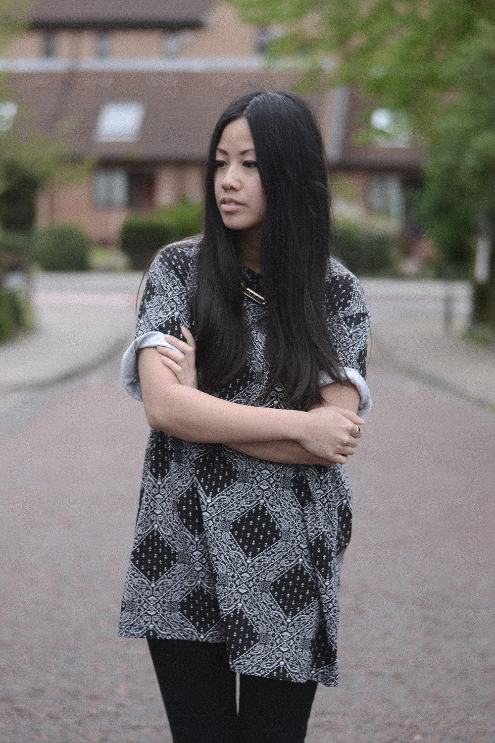 IHEARTALICE – Fashion & Travel-Blog by Alice M. Huynh from Germany: OOTD – Outfit of the Day wearing Vintage Print Shirt , Skinny Jeans & Chelsea Boots