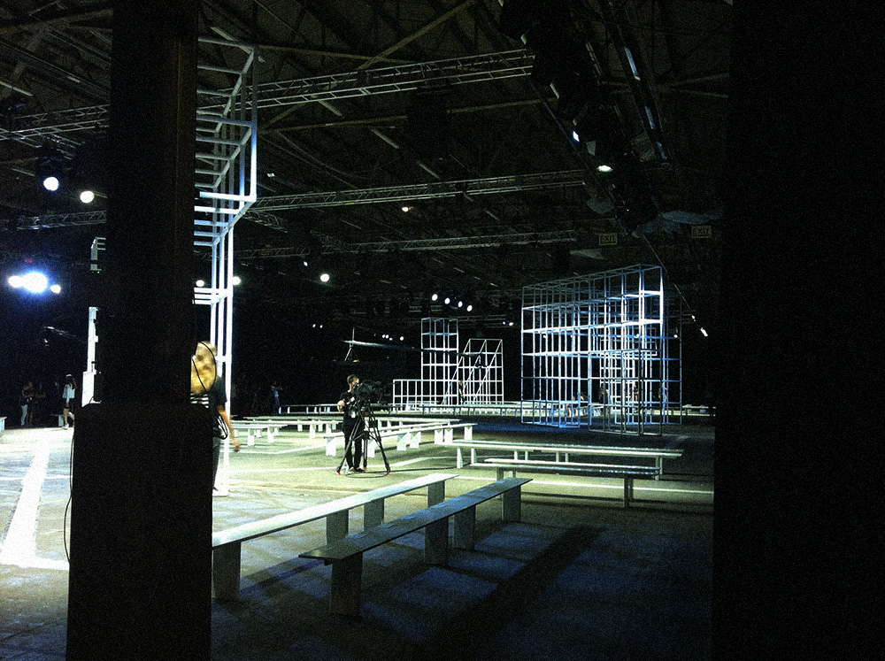 IHEARTALICE_alexanderwang_backstage_06