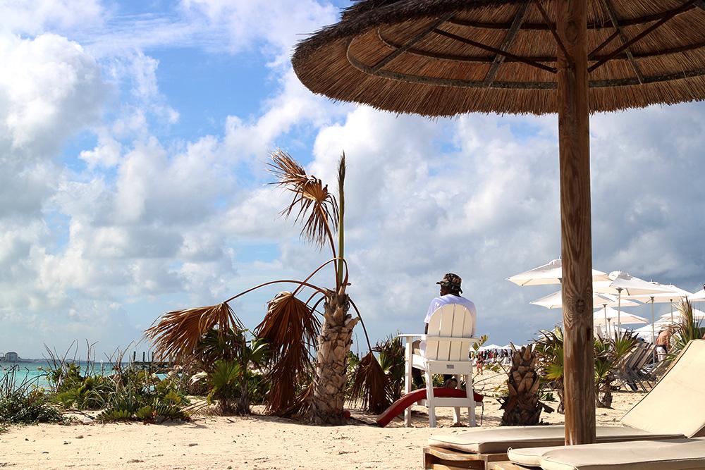 IHEARTALICE_Bahamas_94