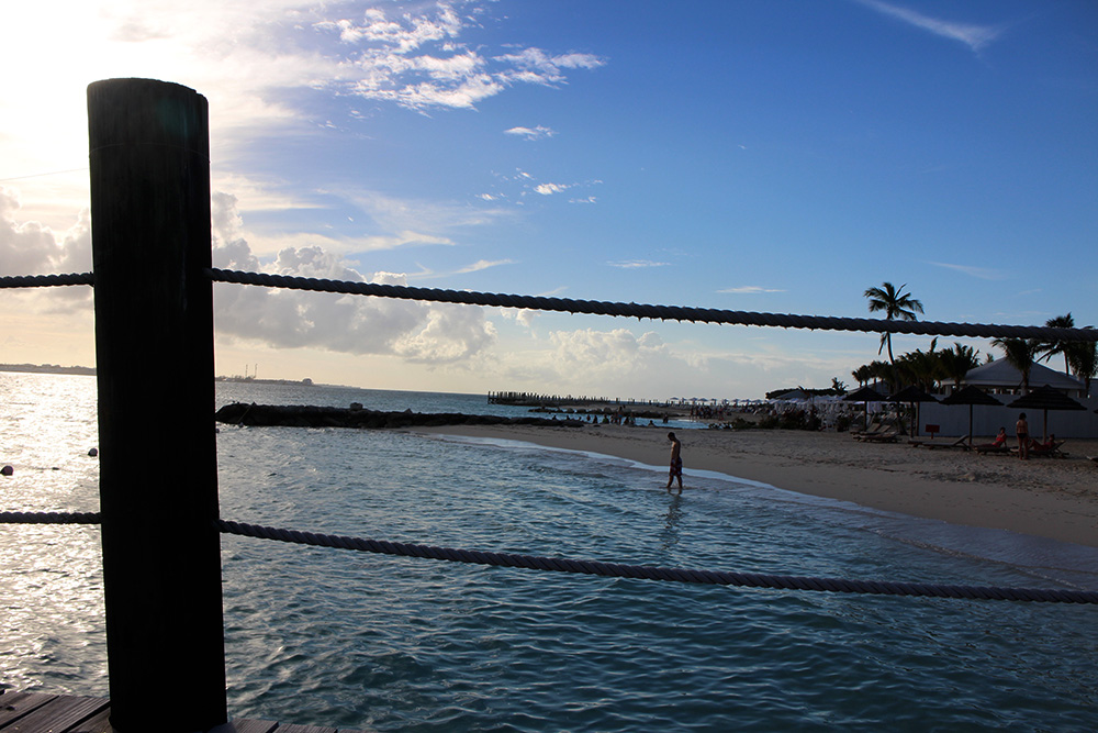 IHEARTALICE_Bahamas_96