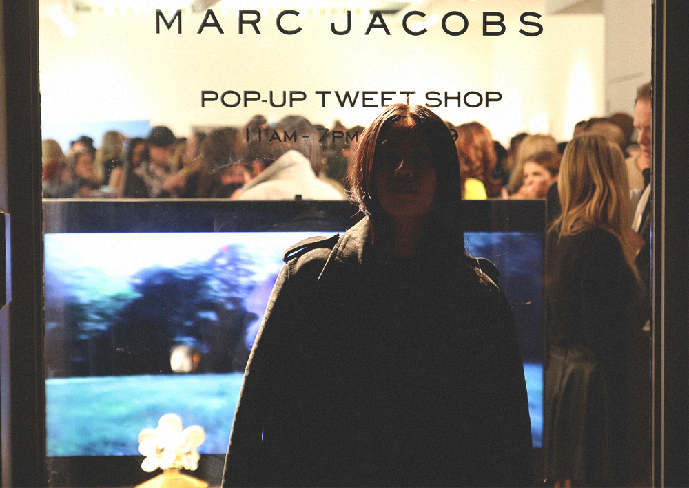 DAISY by MARC JACOBS Pop-Up Tweet-Shop in SoHo