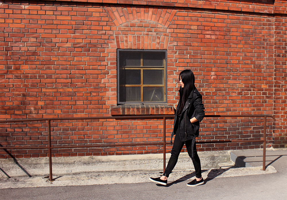 IHEARTALICE.DE – Fashion & Travel-Blog by Alice M. Huynh from Germany: All Black Everything Look wearing The Kooples Leather Jacket