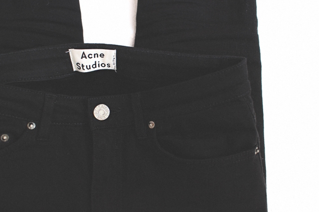 IHEARTALICE_NEWIN_ACNEJEANS_01