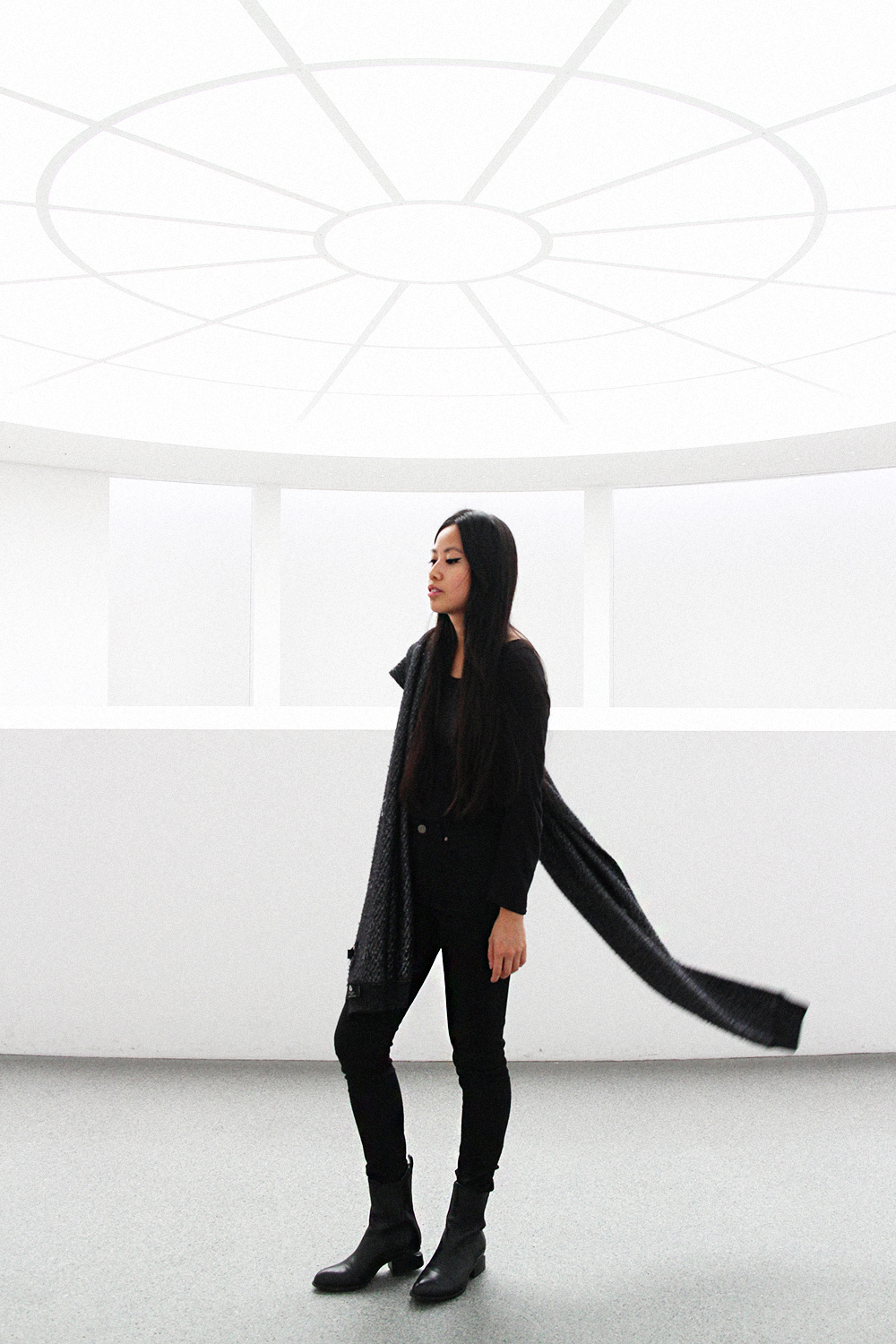 IHEARTALICE.DE – Fashion & Travel Blog: All Black Everything Look wearing Alexander Wang Scarf