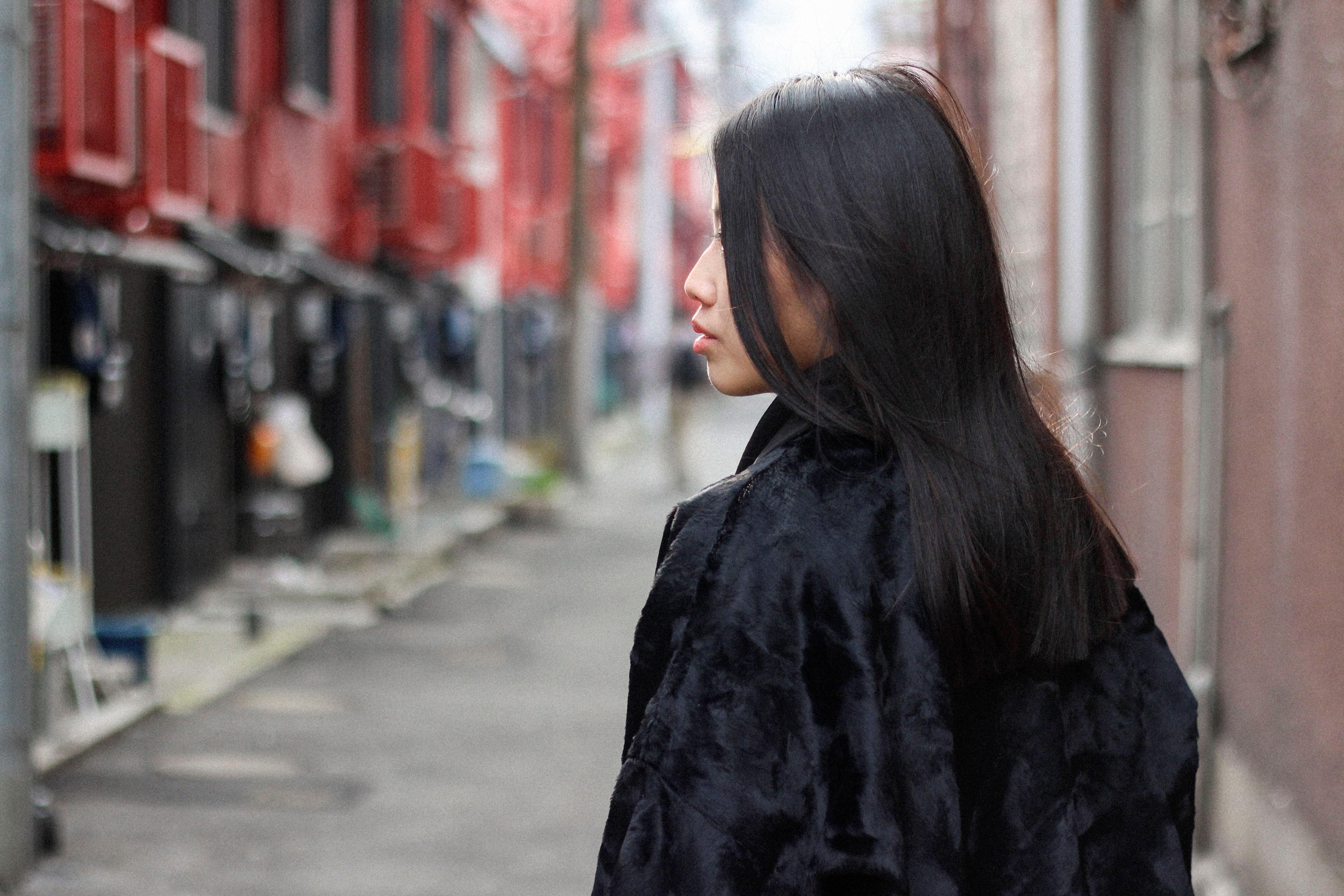 alice_m_huynh_black_bomberjacket_02