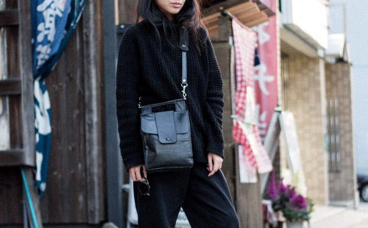 Looks of Alice: Casual in Knitwear Turtleneck & Boyfriend jeans in Kyoto/Japan