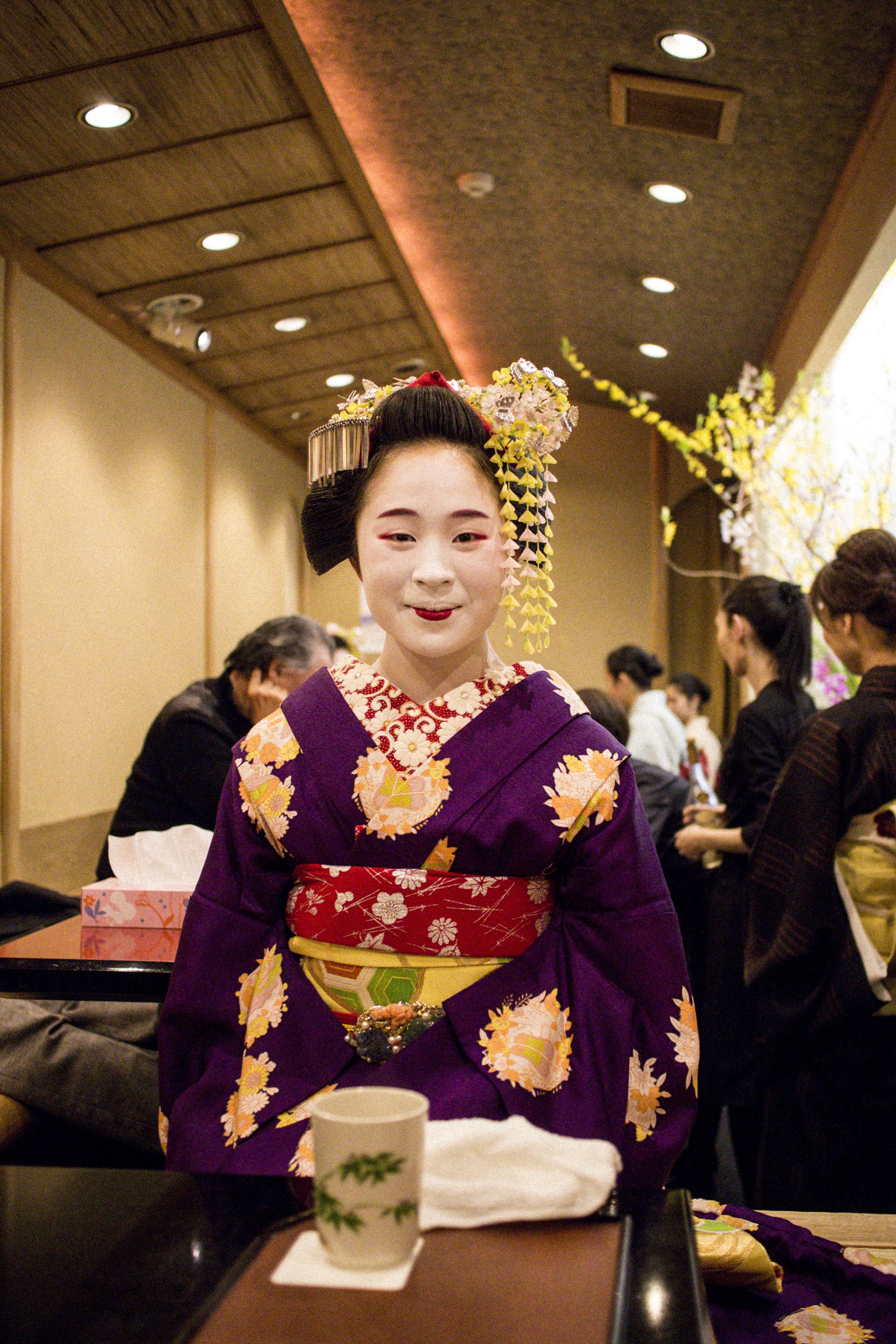 IHEARTALICE_kyoto_geisha_teahouse_02