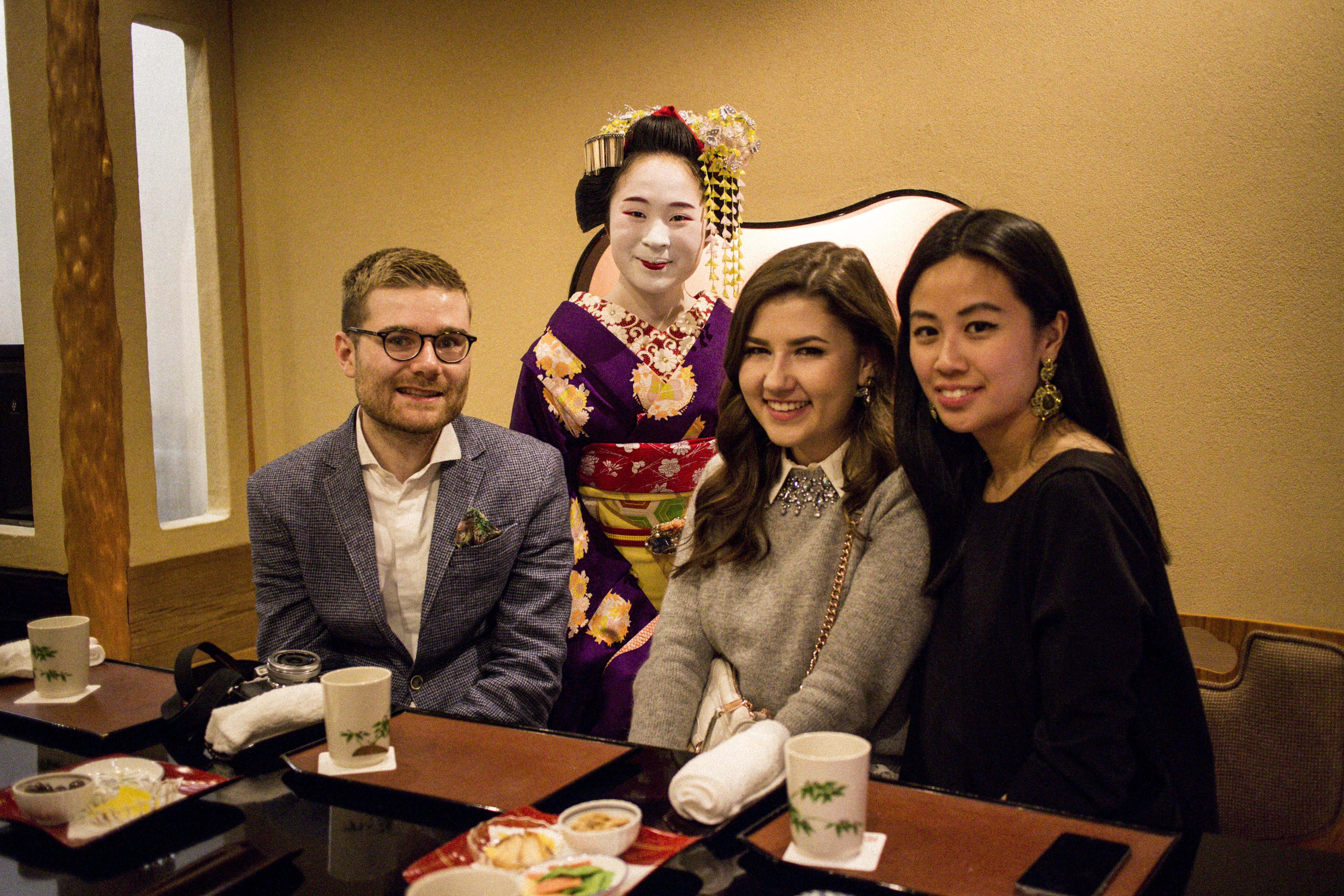 IHEARTALICE_kyoto_geisha_teahouse_08