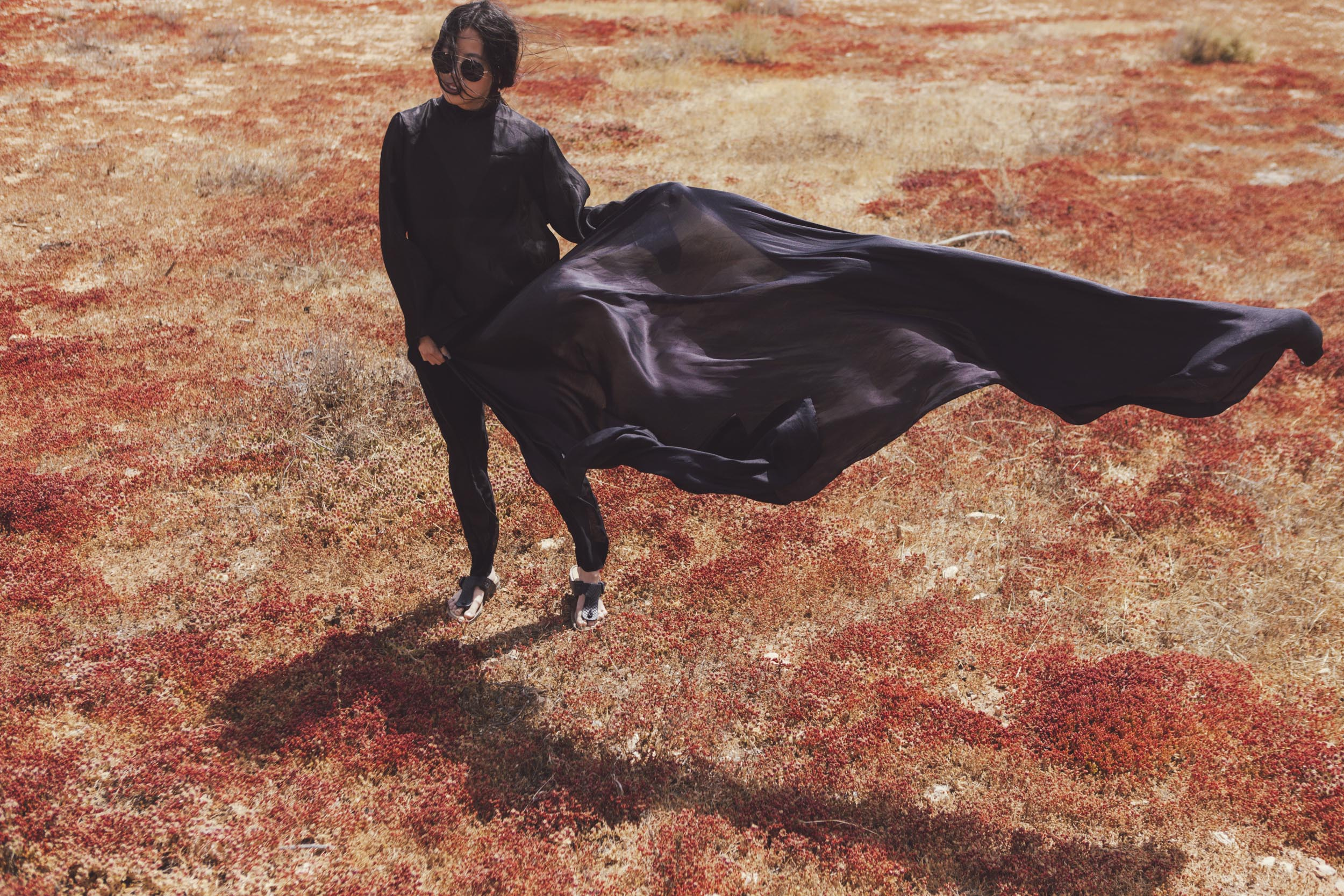 IHEARTALICE.DE – Fashion & Travel-Blog from Germany/Berlin by Alice M. Huynh: Fuerteventura Travel Diary – Black Silk Turtleneck Shirt, Silk Vince Trousers by Alice M. Huynh
