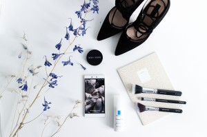 IHEARTALICE – Fashion and Travel Blog from Berlin/Germany by Alice M. Huynh: Bobbi Brown Creme Rouge, HUAWEI P8, Topshop Ghillies Pumps, The Aivy League Notebook, La Roche Posay Toleriane Fluide, ZOEVA Brushes