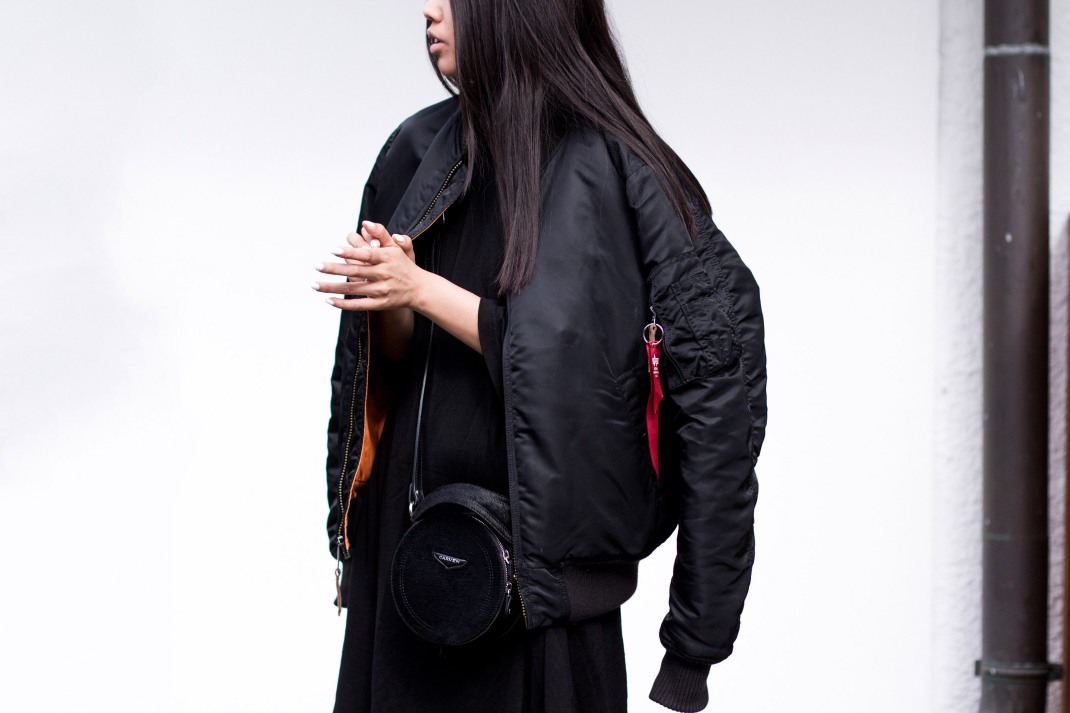 IHEARTALICE – Travel, Lifestyle & Fashion-Blog from Berlin/Germany by Alice M. Huynh: Alpha Industries Bomber Jacket in Black, OAK NY T-Shirt, Non Tokyo Turtleneck Dress, Pleated Trousers by Alice M. Huynh, Carven Leather Circular Bag, Saint Laurent Paris Leather Lizard Stamp Boots