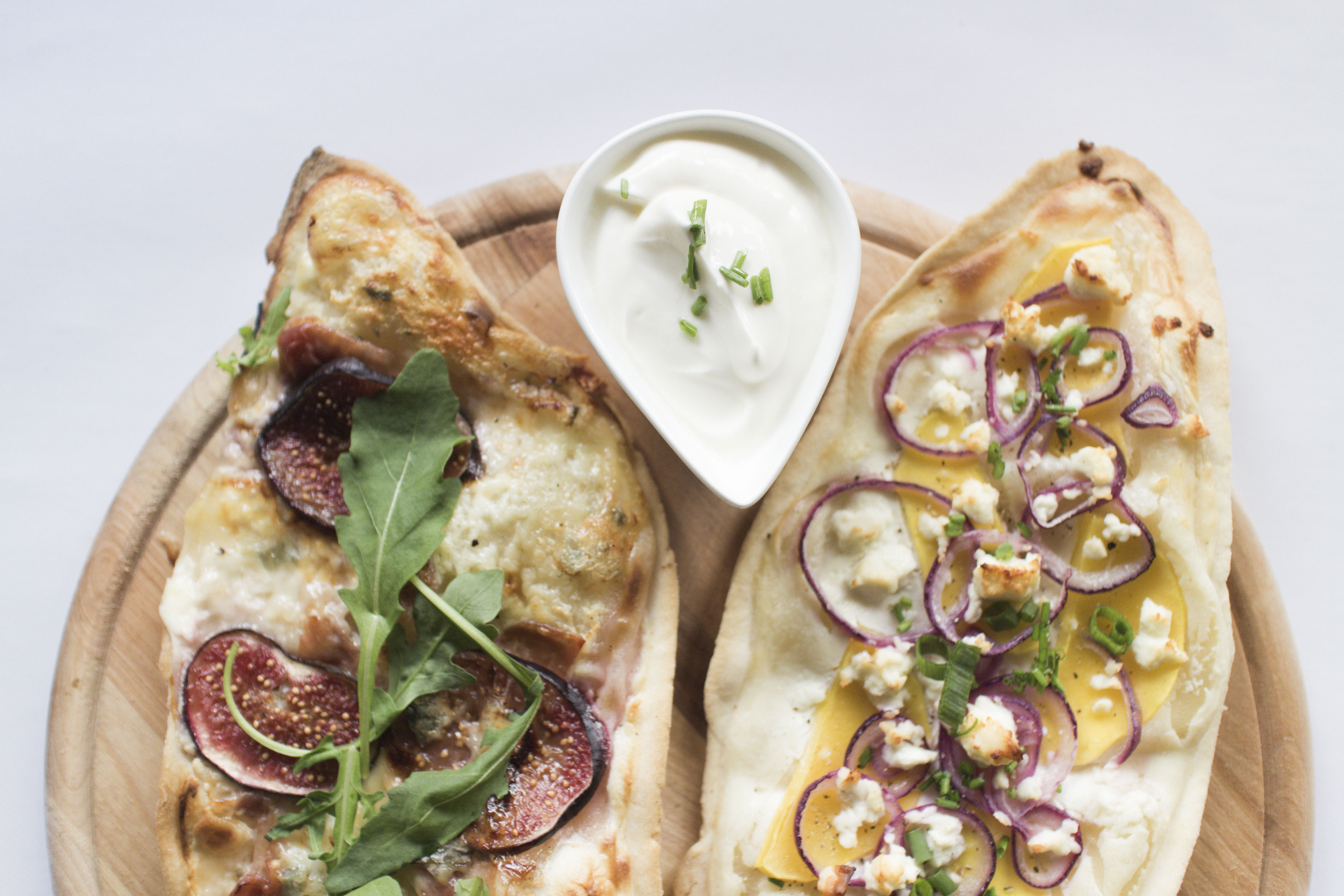 IHEARTALICE – Fashion, Travel, Lifestyle & Food Blog from Berlin/Germany by Alice M. Huynh: Flammkuchen with Butternutsquash, Figs, Prosciutto & Gorgonzola by Yvi Huynh / Food Friday